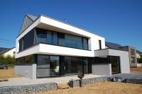 Claudot a maison basse enregie toiture zinc rerait architecte Saint-Léger architecte Meix-le-Tige châssis Deville gs construction architecture contemporaine architecte moderne province luxembourg