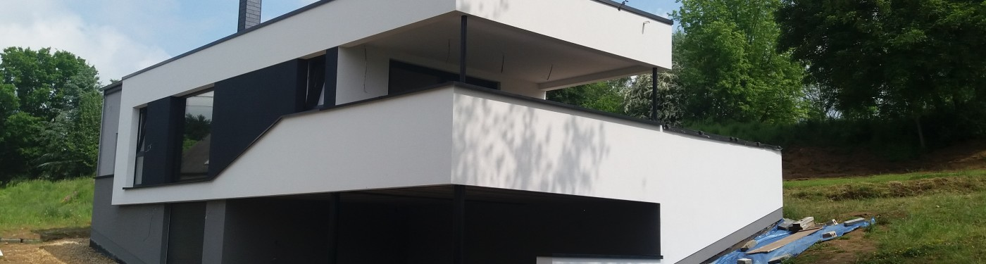 Architecte interieur arlon table basse relevable for Architecte interieur luxembourg